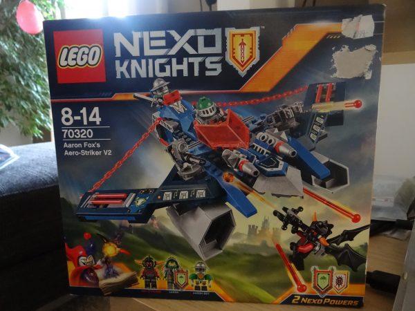 náhled prodám Lego Nexo Knights Aero Striker V2