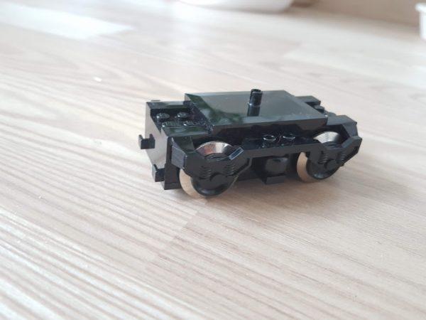 náhled Lego ovladač a motor vlaku 9V