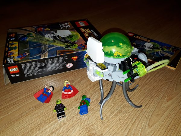 náhled LEGO Super Heroes 76040 Útok Brainiaka