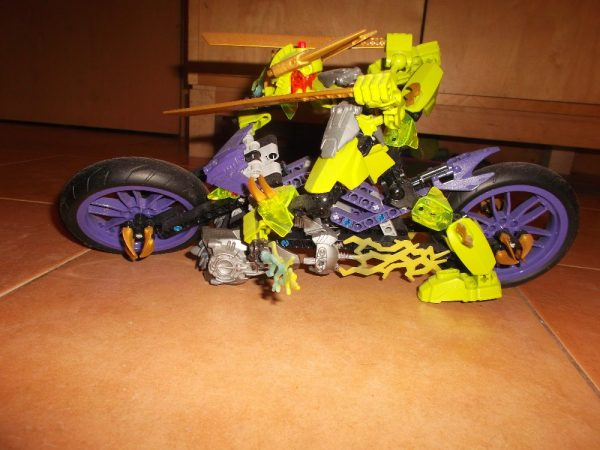 náhled Robot na Motorce